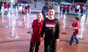 Fun in the fountains outside Yum.