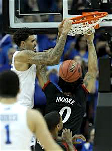 UK's Willie Cauley-Stein puts the hammer down on Cincinnati.