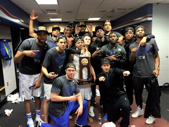 The Midwest Region Champion Kentucky Wildcats.
