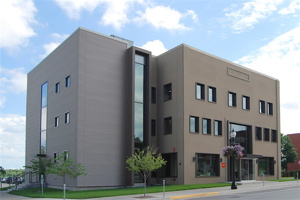 The headquarters of HNI in Muscatine, Iowa, environmentally designed by OPN Architects.
